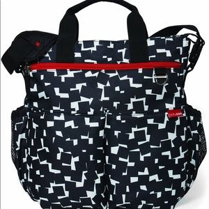 Skip Hop Duo Signature Cubes Diaper Bag!! New!!